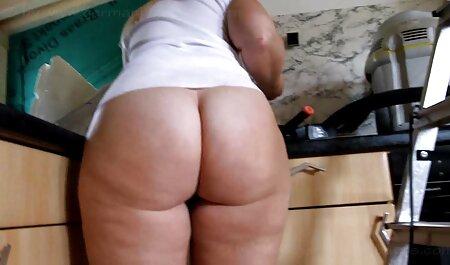 Makhachkala Daguestán pareja en videos de sexo veteranas el compartimento en la cámara amateur jugar - jugar bromas con el vapor