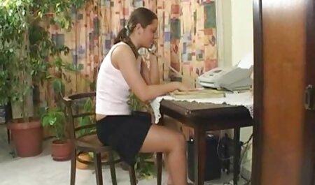 Coloque la cuajada en la vagina y el esperma en ella, mezclado para videos xxx de maduras amateur lamer con la lengua