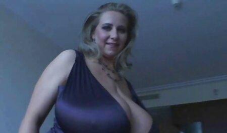 Los europeos toman prostitutas en la ciudad y los atornillan en la casa en la videos de veteranas masturbandose multitud