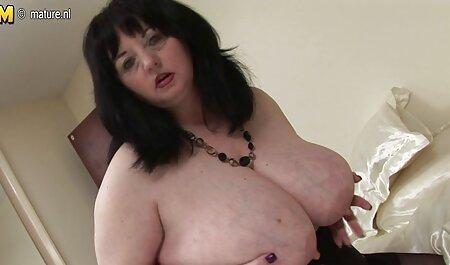 Las mujeres orientales en el cuerpo con el líquido de veteranas folando mama hábil gran polla y la cámara tímido
