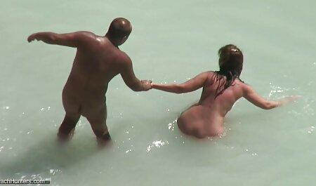 Esposa en jugo dando mamada a veteranas videos xxx Black strippers mientras ella desnuda la cámara en su cabeza