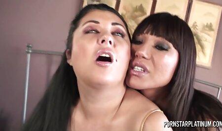 Margo apretó su polla firmemente para que su cogiendo veteranas polla no entre en la vagina con el escroto