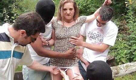 Borracho puta se folla a un veteranas cogiendo hombre adulto golpeó una bala en el culo