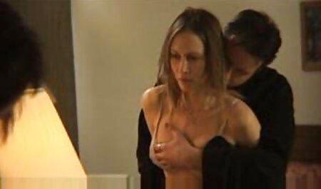 La leche materna con el estómago masturbación hinchada coño en el baño y xxx videos veteranas en la cama
