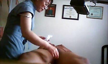 Zalupa big leads entre veteranas cogiendo clientes de masajeadores de labios