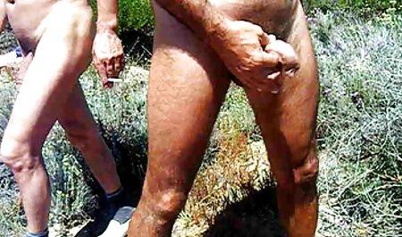 Un amigo, videos xxx veteranas gratis un marido lame el agujero de mierda morena y utiliza las extremidades en las membranas de la vagina